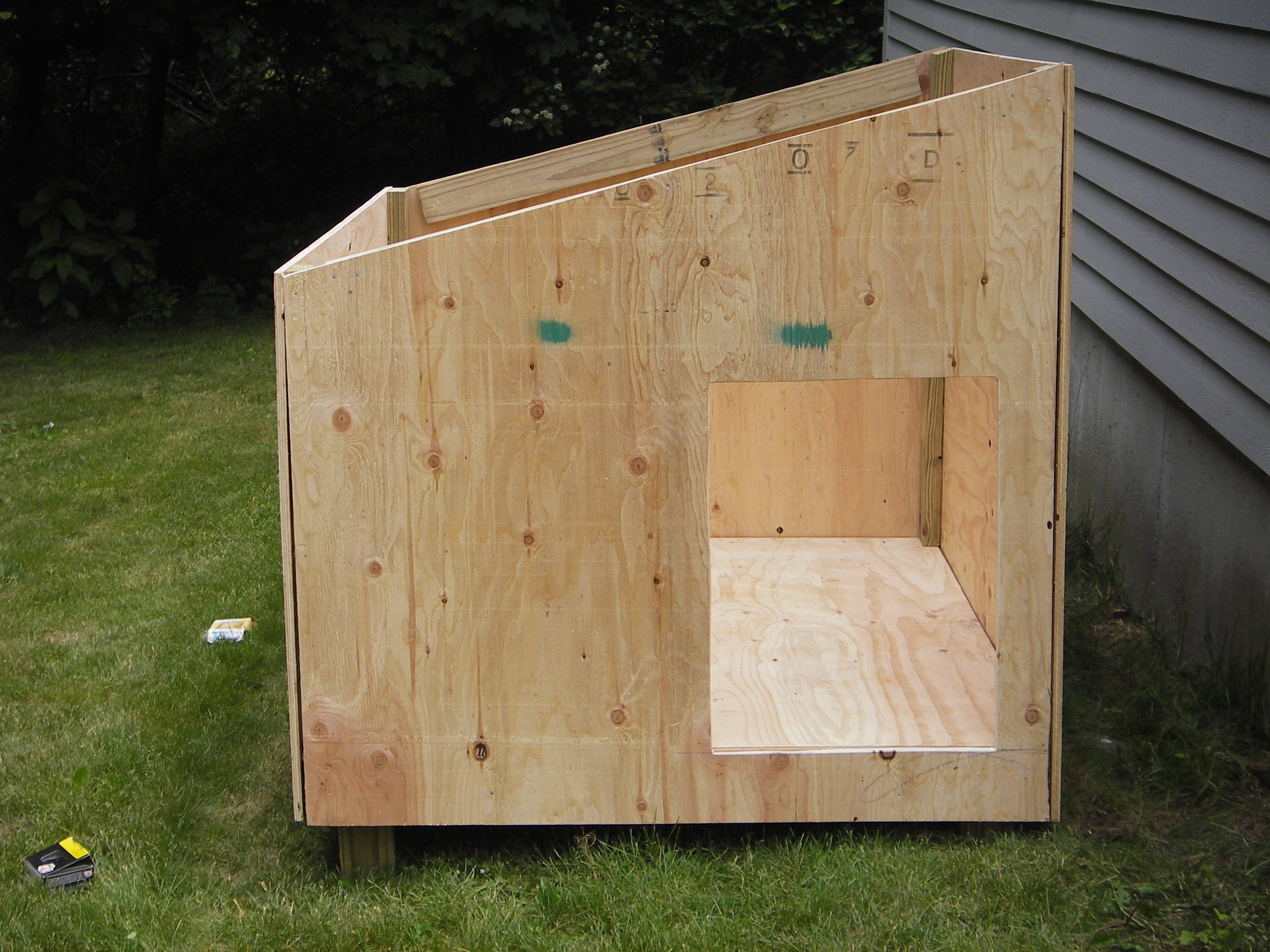 Simple Dog House Plans For Large Dogs